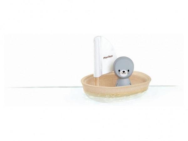 PLAN TOYS Segelboot Robbe Badespielzeug